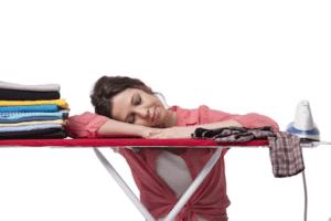 Direitos da empregada ao dormir no serviço