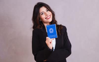 Carteira de doméstica: Super guia de como administrar